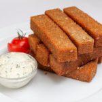 Гренки из белого хлеба с чесноком в духовке