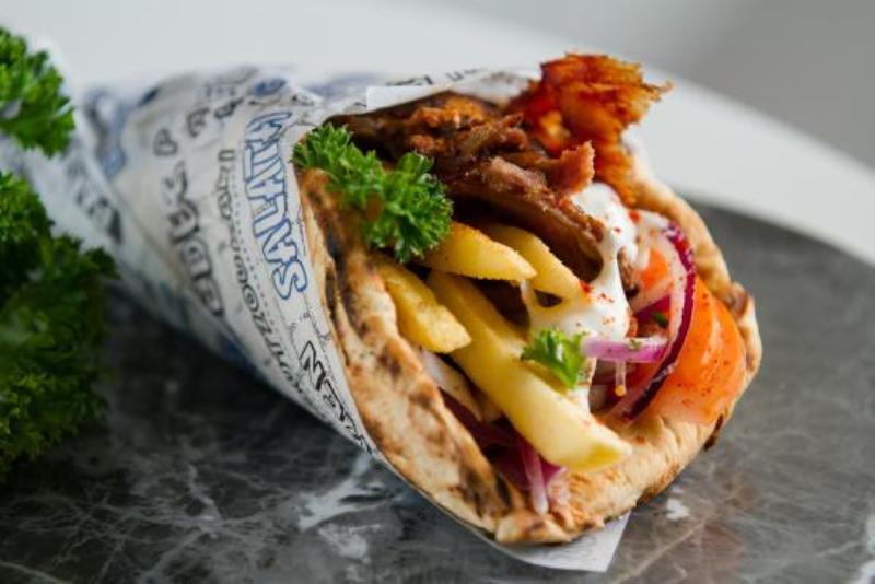 Уличная еда Греция Гирос