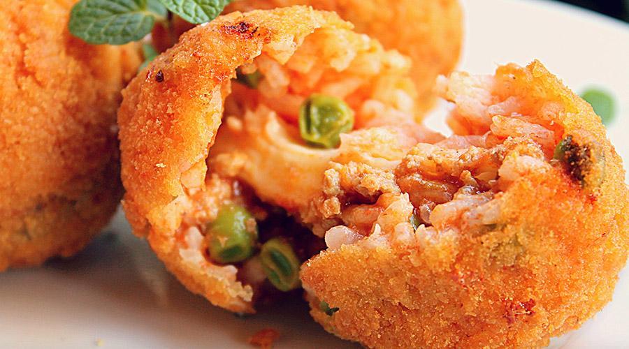 Самая лучшая уличная еда разных стран Аранчини