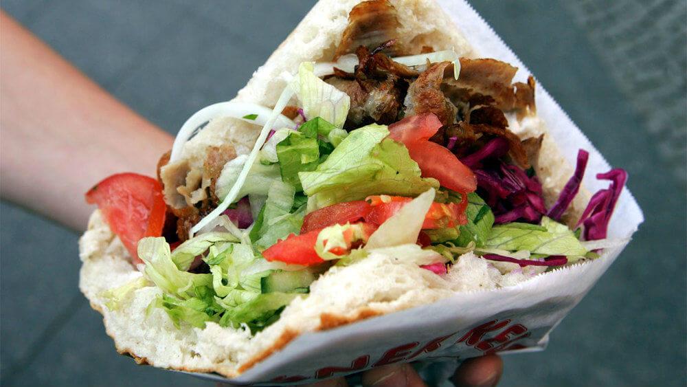 Уличная еда разных стран Турция дёнер кебаб