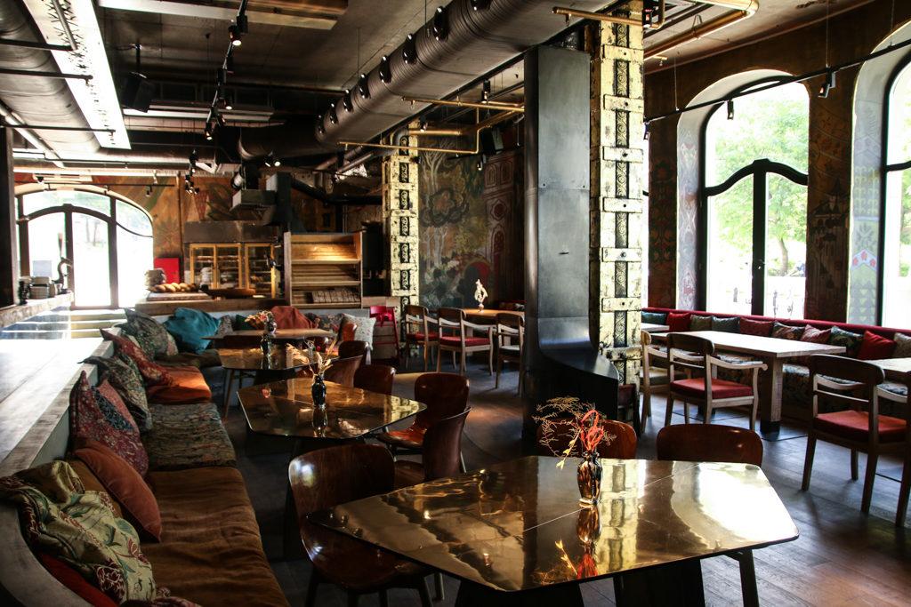Самые необычные рестораны Москвы Горыныч