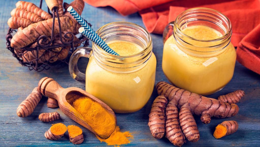Куркума с медом и молоком