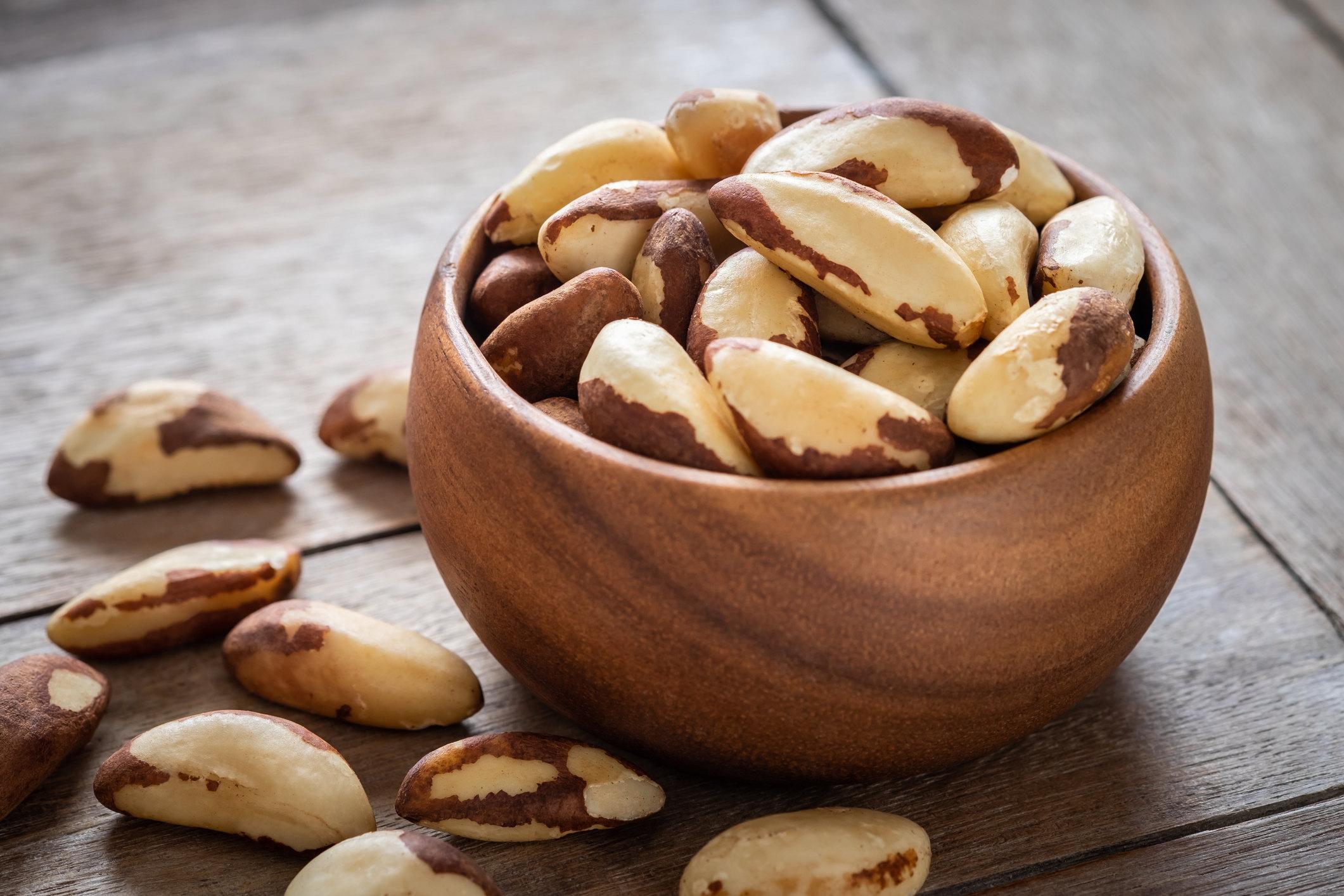 Польза и вред орехов для организма, суточная норма и состав