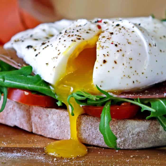 Сколько варить яйца пашот?