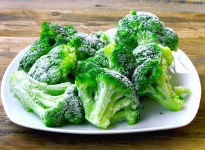 Варить замороженную брокколи