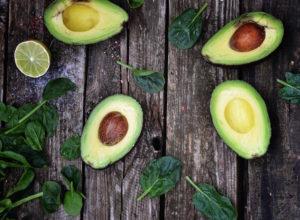 Как выбрать спелый авокадо